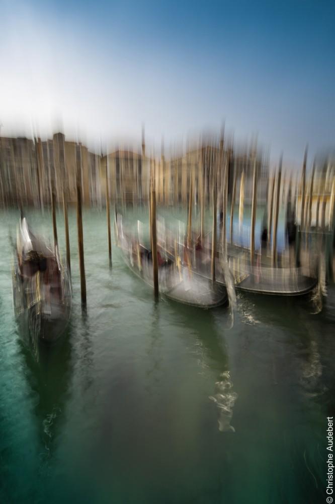 Gondoles dans le style impressionniste, Venise, Italie