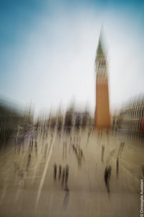 La place Saint-Marc à Venise avec effet de mouvement