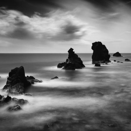 Cote rocheuse de la mer Méditerranée au Cap d'Agde dans l'Hérault